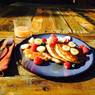 Backyard breakfast feasts are awesome :)