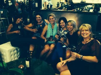 The fabulous ladies of the Seattle LUNA Chix squad!