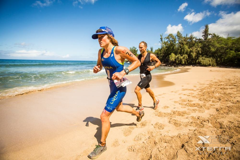On to the beach and charging hard! Almost there! Photo by Jesse Peter, Xterra.